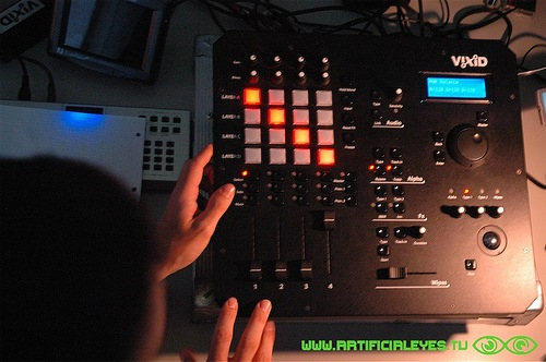 2008-02-05_-_vixid-demo