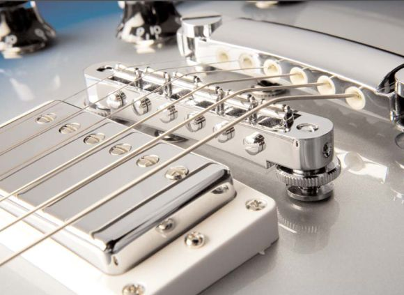 Robot guitar bridge