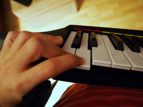 Hands-on: Rock Band 3's Keytar, a Surprisingly Serious $80 MIDI