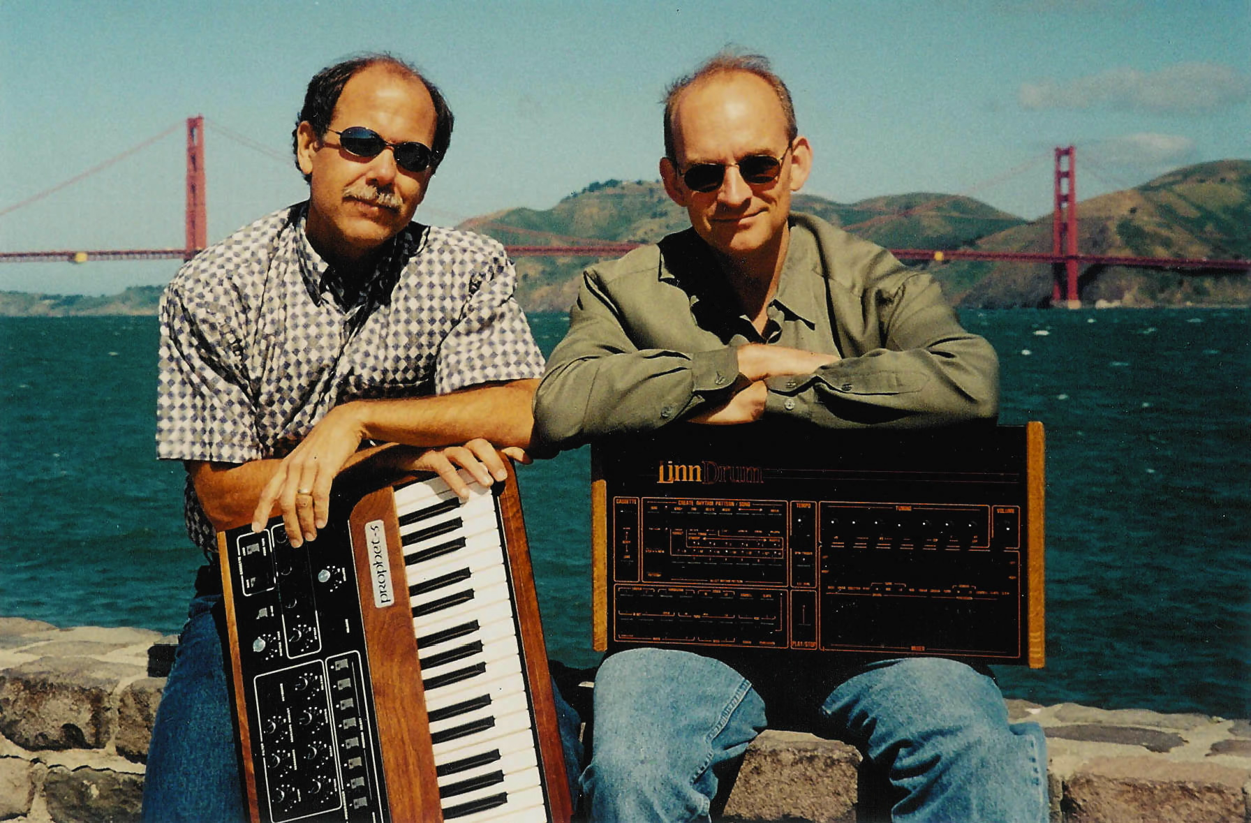 ROGER LINN/DAVE SMITH  >>>>>   T E M P E S T   <<<<<   COMPRA CONJUNTA?? Roger-Dave-Smith-with-products_2