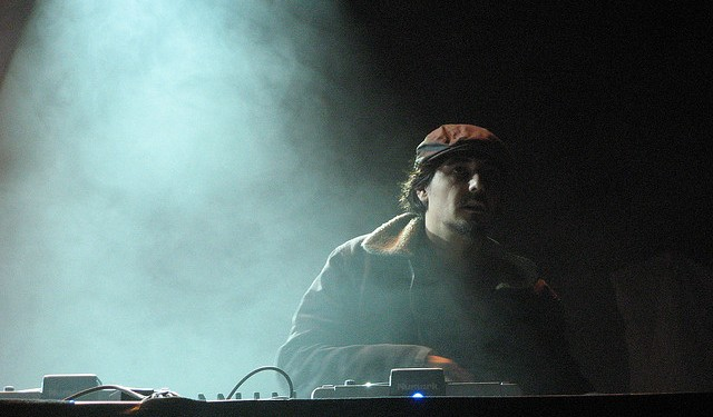 amontobin_soundcheck