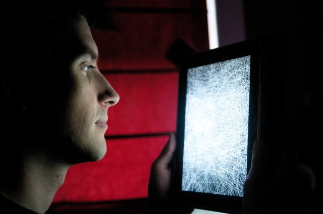 Thicket for iOS Thickens; Artists Describe the Growth of an Audiovisual Playground