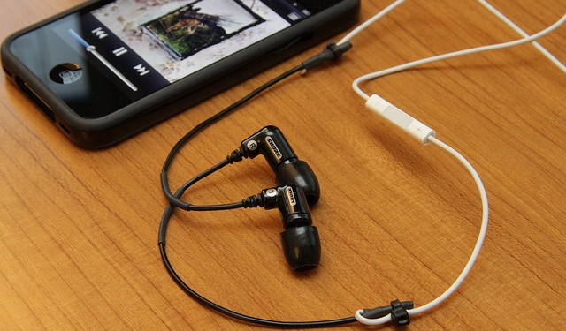 iphoneheadphones