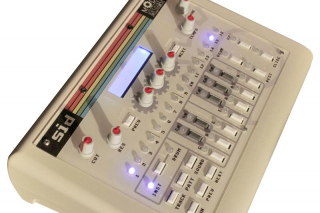 Chip Grooves: SID 8-bit Hardware Groovebox Preview, Works