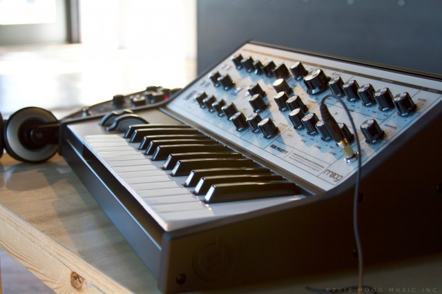 Moog's new Sub Phatty looks cleaner, sounds dirtier. CDM-exclusive photo, courtesy Moog Music.