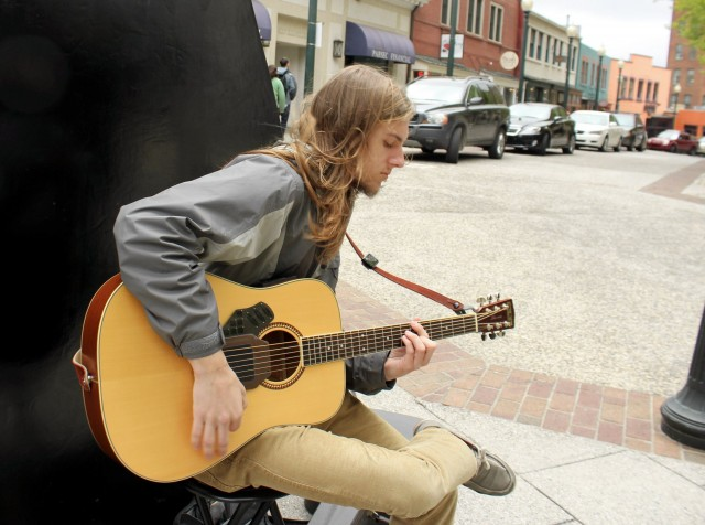 Futuristic instruments tend to be dependent on amplification and power sockets. Not so here. Vincent Crow busking in Asheville with the Vo-96, completely unplugged.