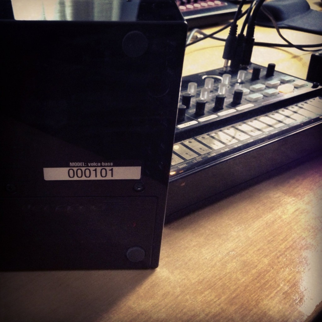 Serial number 101 = the first serial number for volca, ever. No, we don't get to keep it. This is the unit Tatsuya himself was carrying around.