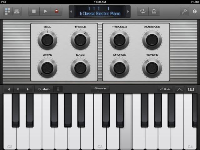 Instrumental layouts and Smart Controls (for instruments and effects alike) appear automatically, making the connection between Mac and iPad feel fairly seamless.