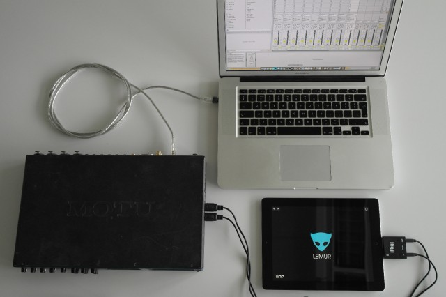 An iRig connection with the iPad.