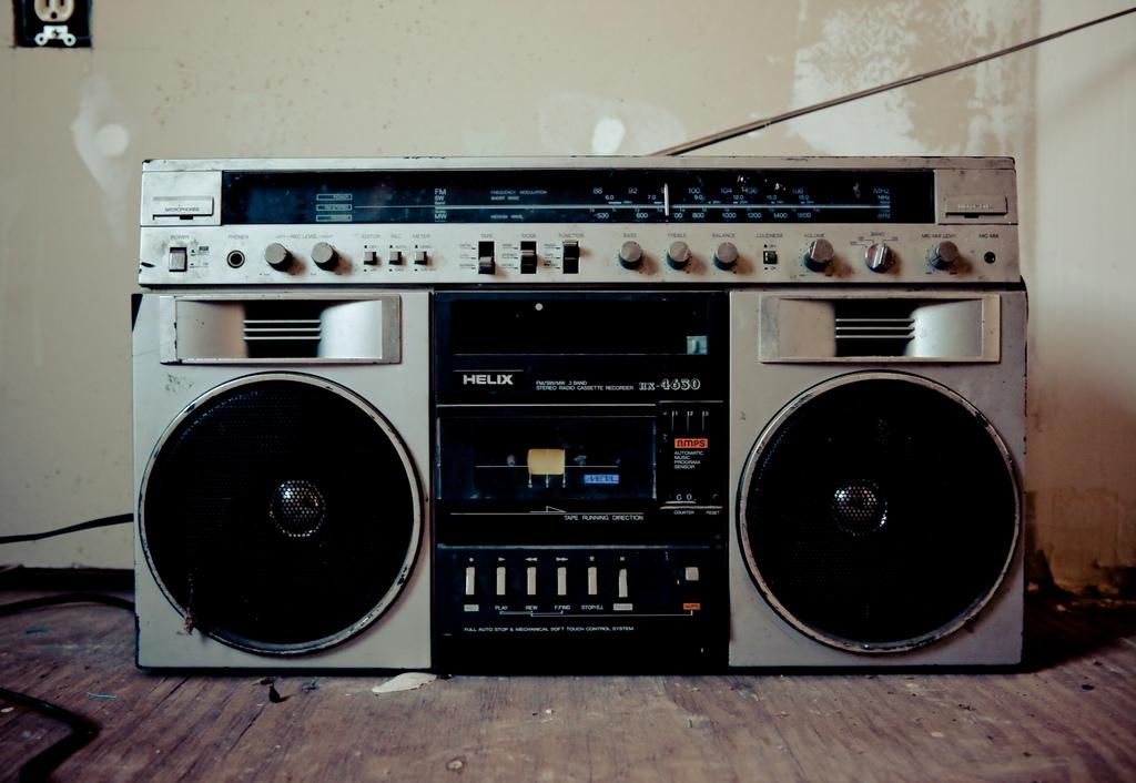 Toshiba RT-9990SM + bonus Super Rare Vintage Cassette ...  |80s Boombox