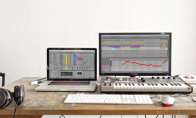 Look, two monitors! (And this could explain the popularity of this update - for many, the laptop is one display.) But there's more in 9.1, including some subtle but critical bug fixes; now we get those details. Photo courtesy Ableton.