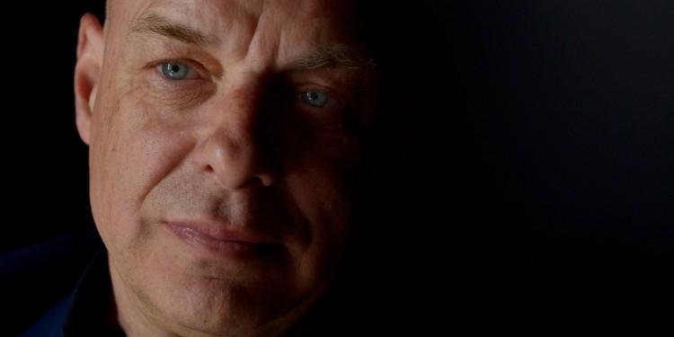 Brian Eno, portrait by Ralf Schmerberg.