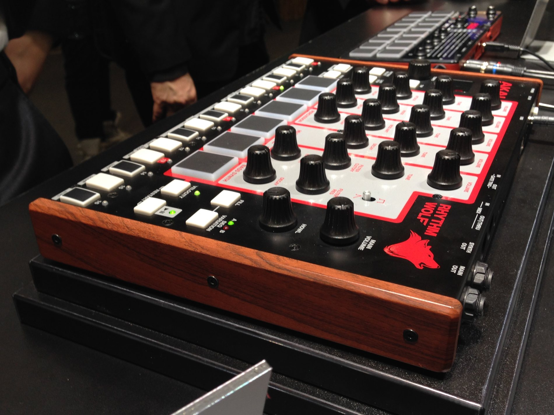 akai posts sound video of 199 rhythm wolf drum machine hungry for a review cdm create. Black Bedroom Furniture Sets. Home Design Ideas