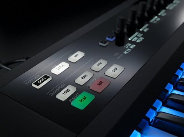 NI_Komplete_Kontrol_S-Series_Keyboards_SmartPlay_02