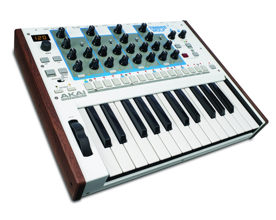 synthesizer with drum machine