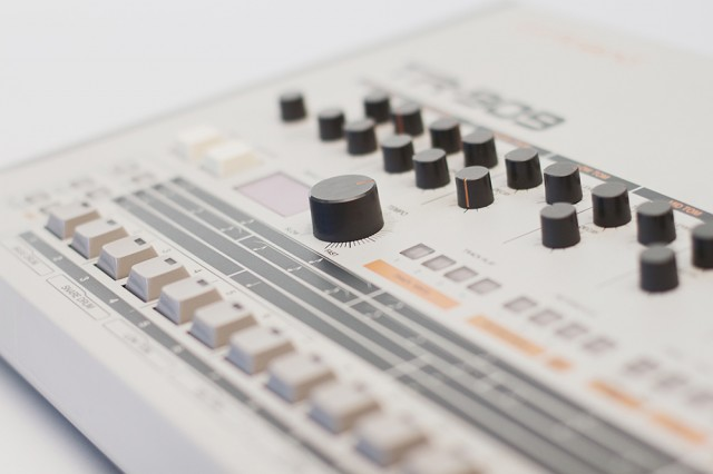 R-is-for-Roland-2-copyright-by-Tabita-Hub