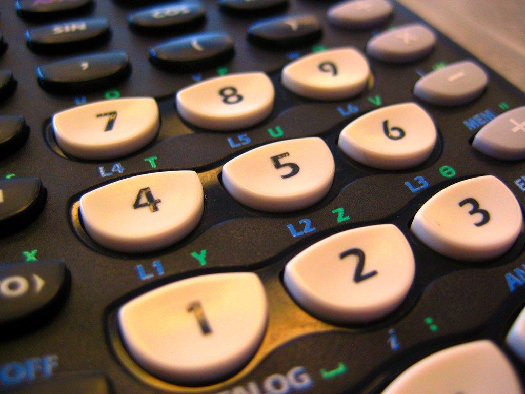 A free app makes a TI graphing calculator make music - CDM