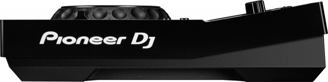 xdj-700-left-nofeet