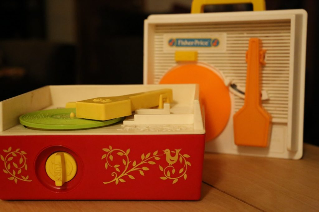 ni_komplete_kinetic_treats_record_player_music_box