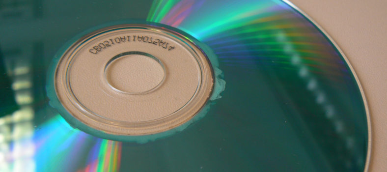 Disc rot. Photo (CC-BY) prwheatley1.