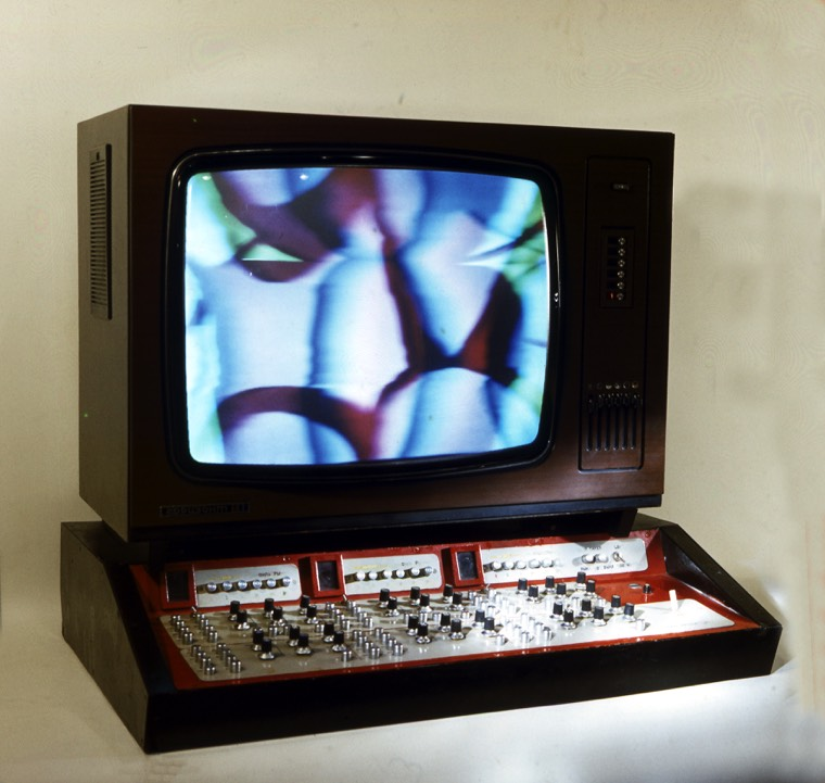 """Electronic Artist"" is an analog television painting instrument from 1976."