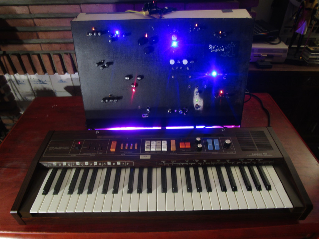 Oddities Pinchplant Monstrous Casio Keyboard Circuit Bend Project Enter The Star Shepherd A Synth I Build Bent Hacked Modified From Old Guitar Pedals Fx And Eq Boxes Small Am Radio 1981 403