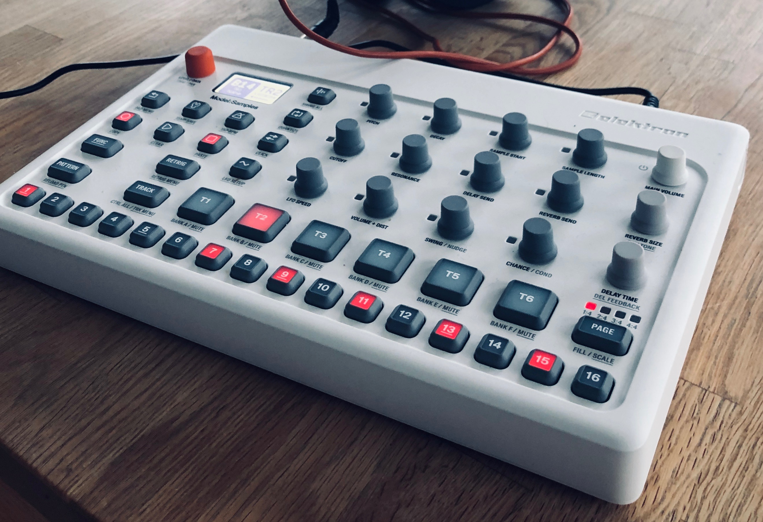 Review: can Elektron's Model:Samples get everyone into hardware