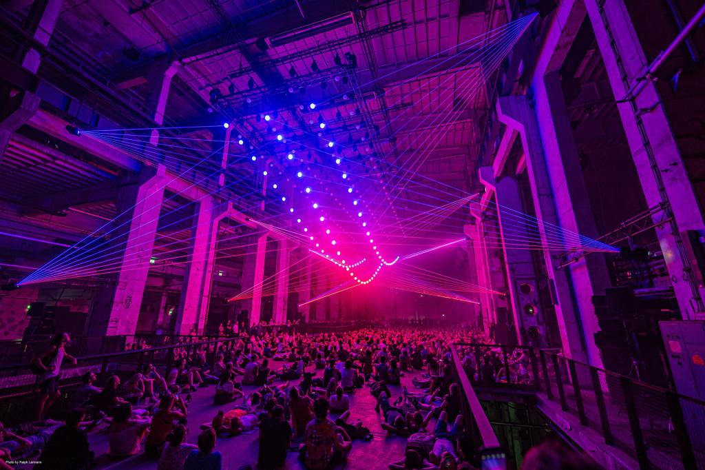 Inside the immersive kinetic laser sound world of Christopher Bauder, Robert Henke